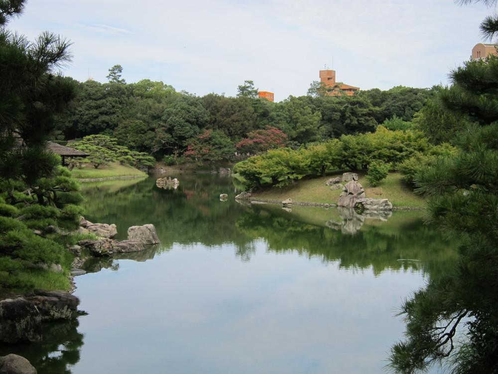 栗林公園池