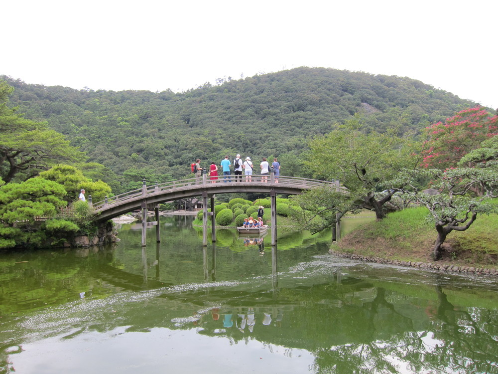 栗林公園偃月橋